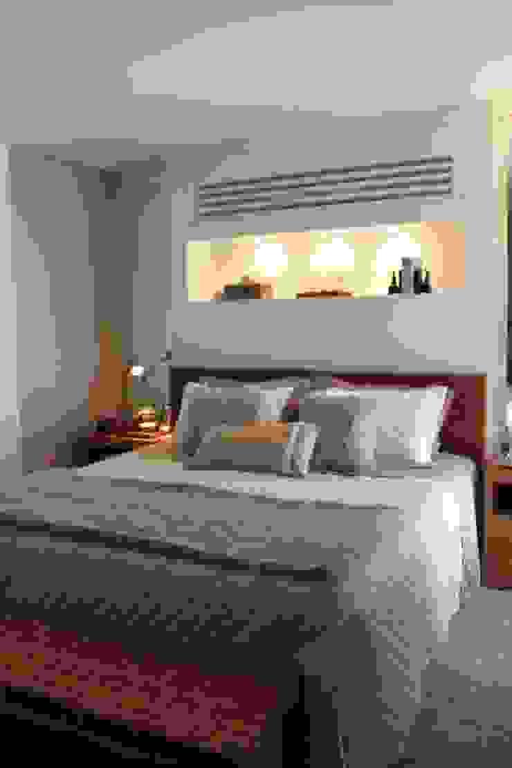 Quarto Casal - Apartamento São Paulo Quartos modernos por Vaiano e Rossetto Arquitetura e Interiores Moderno