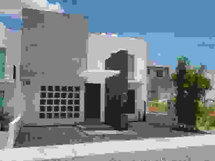 Casas de estilo  por SANTIAGO PARDO ARQUITECTO,