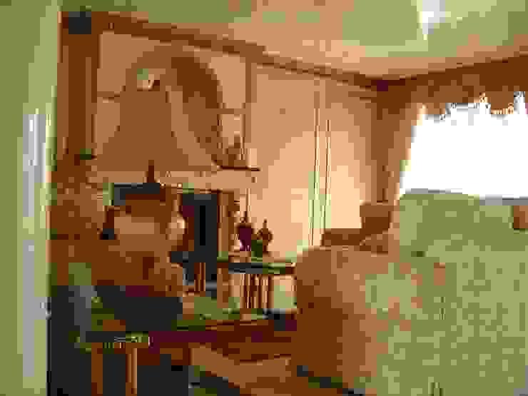 Phòng khách phong cách kinh điển bởi SANTIAGO PARDO ARQUITECTO Kinh điển