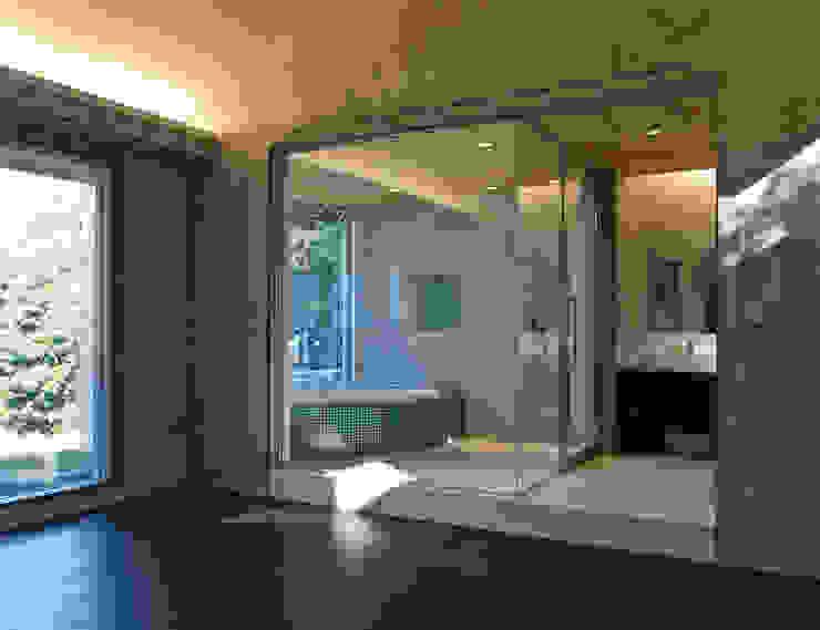森田昌司建築空間設計 Spas de estilo moderno