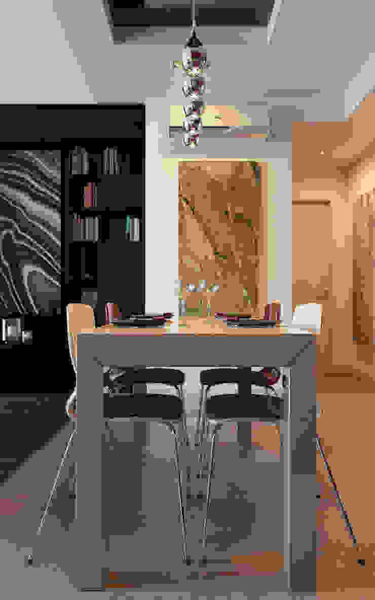 Red Kitchen Столовая комната в эклектичном стиле от Stanislav Booth Эклектичный МДФ