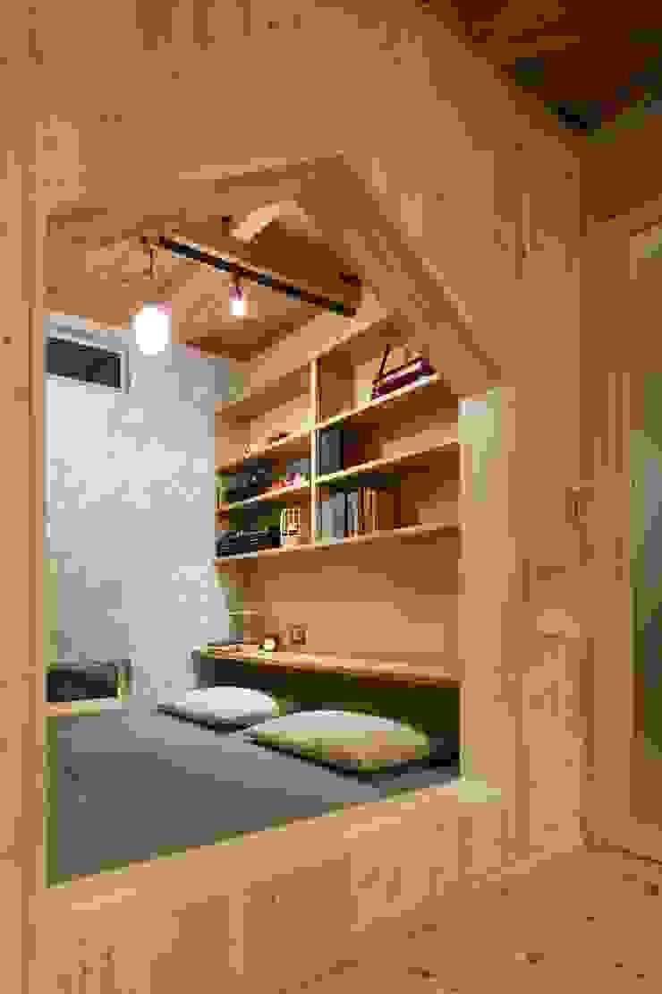 U's HOUSE 北欧デザインの リビング の dwarf 北欧
