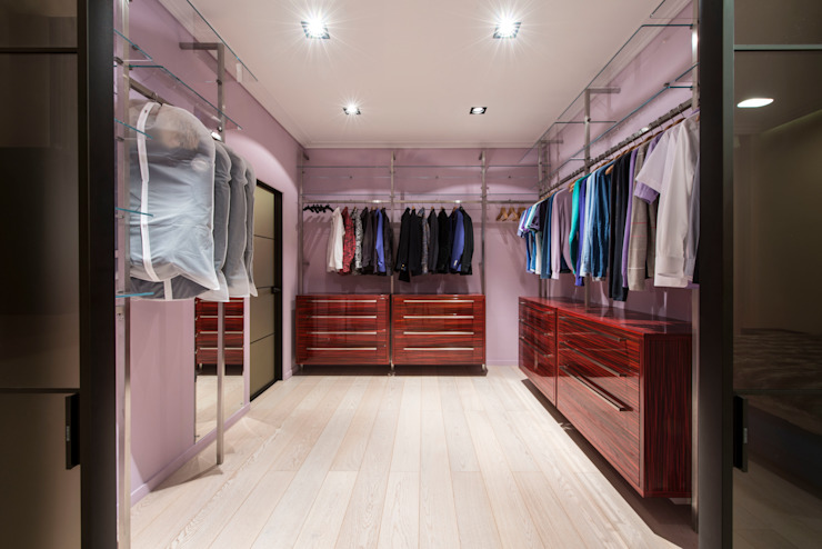 Sky Gallery Minimalist dressing room