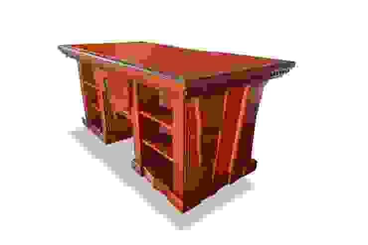 Кабинетный стол от Sky Gallery Эклектичный Твердая древесина Многоцветный