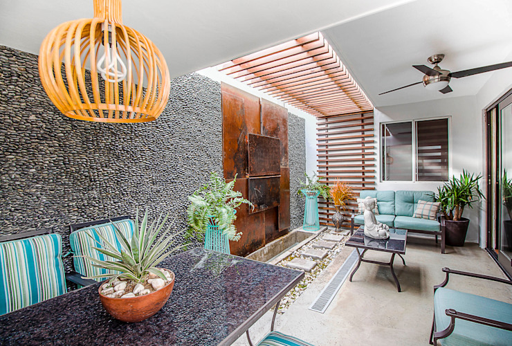 Jardins modernos por SZTUKA Laboratorio Creativo de Arquitectura Moderno Madeira Acabamento em madeira