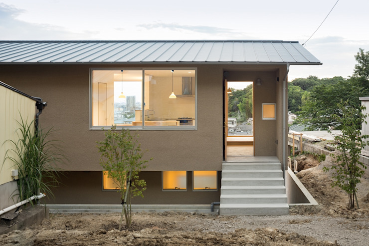市原忍建築設計事務所 / Shinobu Ichihara Architects Scandinavian style houses Solid Wood Beige