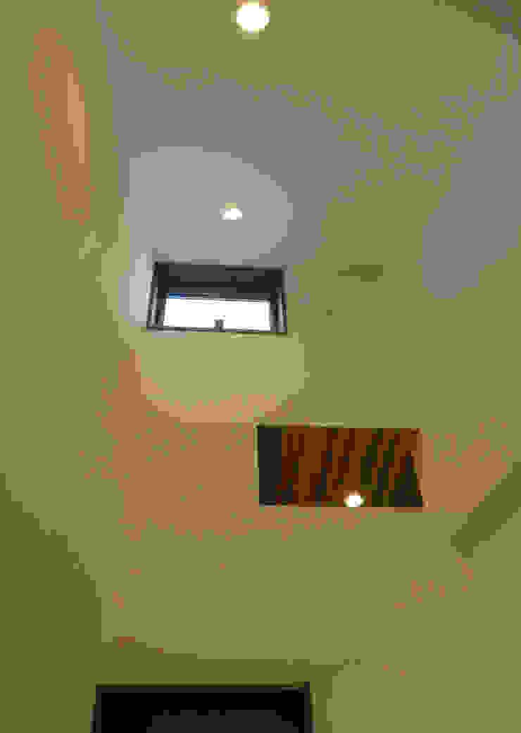 美しが丘西の家 オリジナルスタイルの お風呂 の (有)伊藤道代建築設計事務所 オリジナル