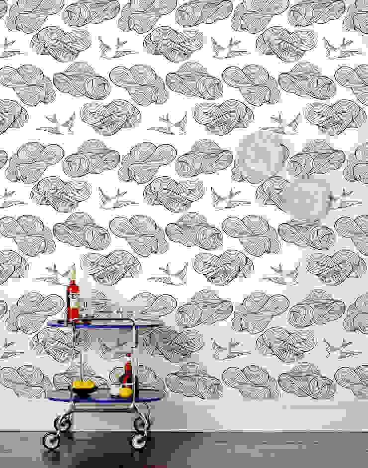 Daydream Wallpaper - Black od Monument Interiors Eklektyczny Papier