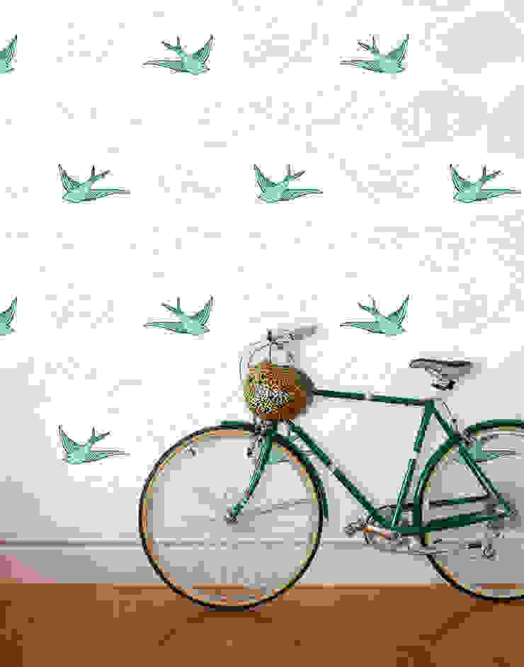 Daydream Wallpaper - Green od Monument Interiors Eklektyczny Papier