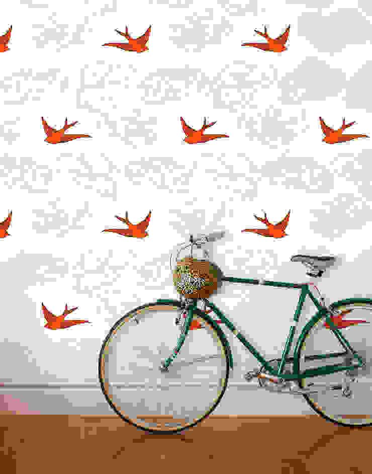 Daydream Wallpaper - Orange od Monument Interiors Eklektyczny Papier