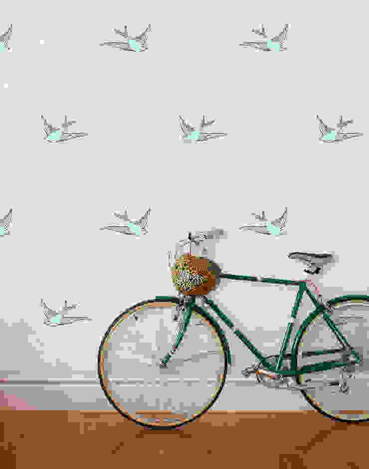 Daydream Wallpaper - Cream od Monument Interiors Eklektyczny Papier