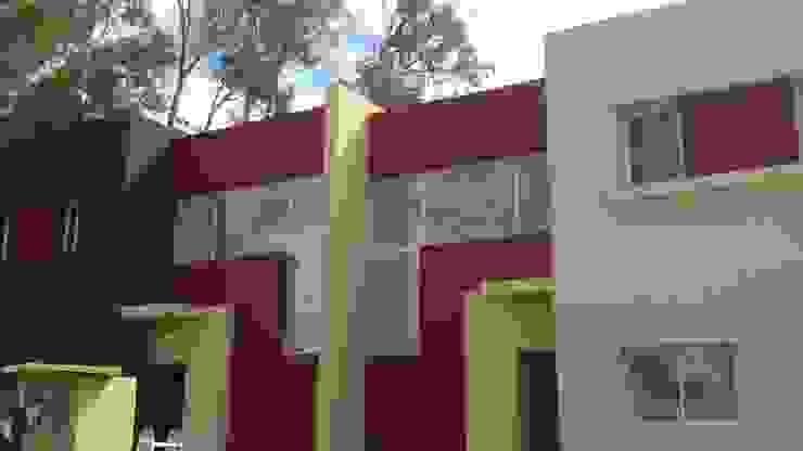 Housing Barrio Cerrado Casas modernas: Ideas, imágenes y decoración de Grupo PZ Moderno