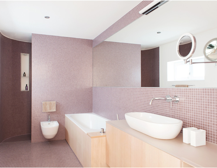 Bathroom by Raumkunst ZT GmbH, Classic