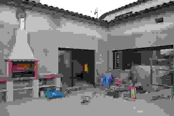 Balcon, Veranda & Terrasse modernes par CRE3A Creative Design Solutions Moderne