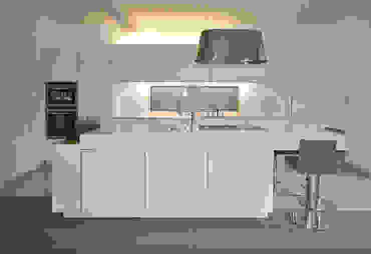 bergnerdesign Cocinas de estilo moderno