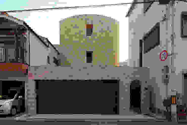 一級建築士事務所アトリエm Casas de estilo clásico