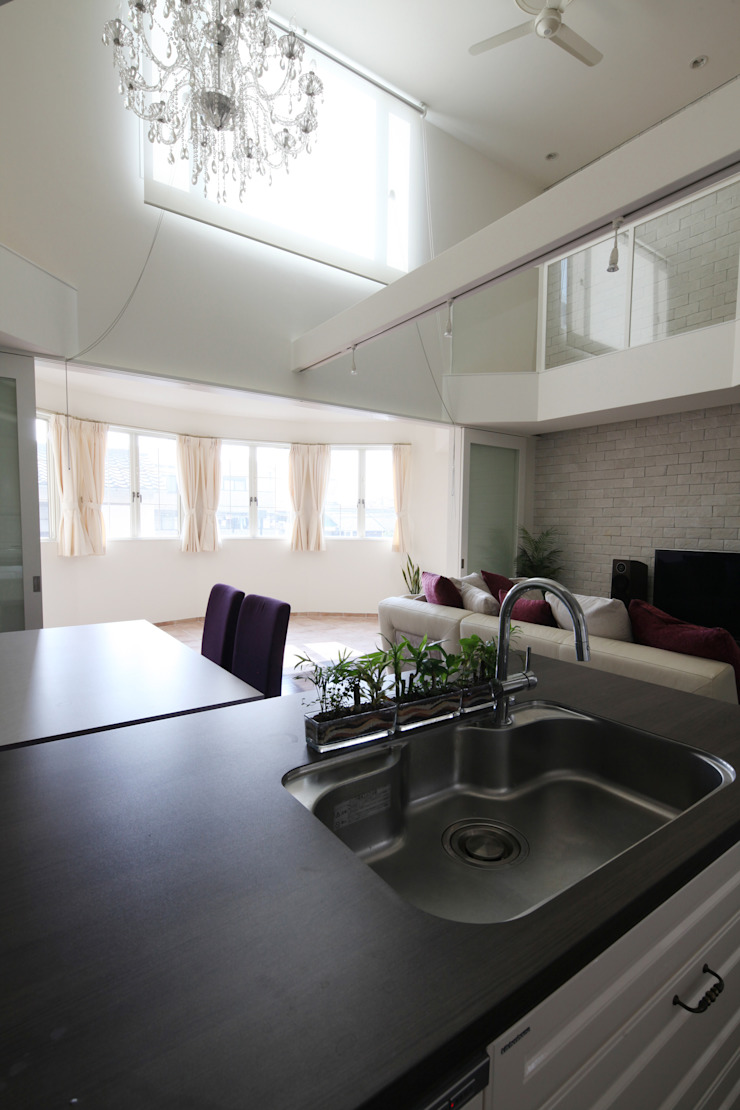 一級建築士事務所アトリエm Cocinas de estilo clásico