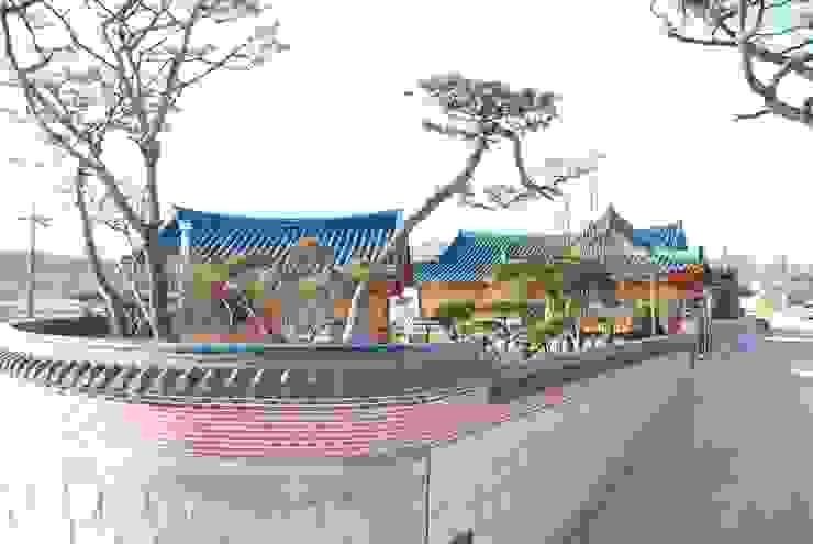 장흥리 한옥마을 아시아스타일 주택 by 금송건축 한옥