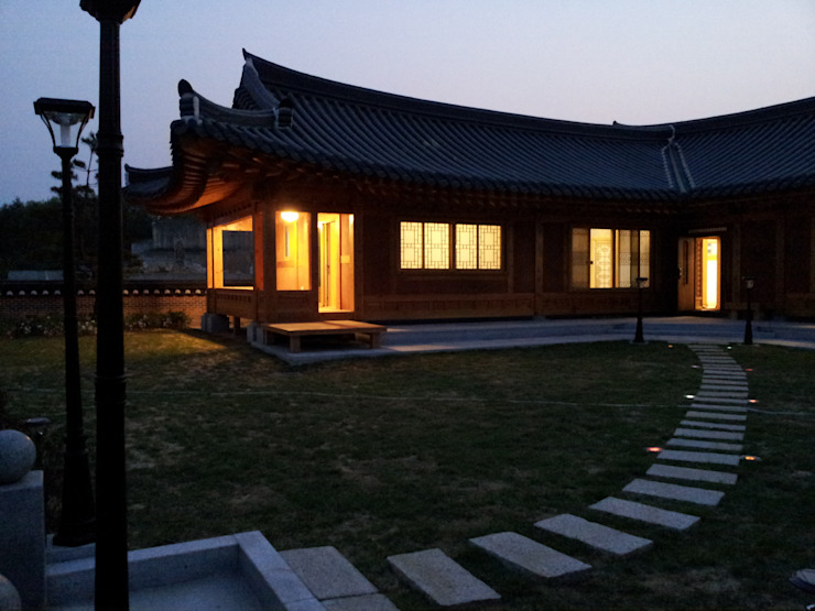 Asian style house by 금송건축 Asian