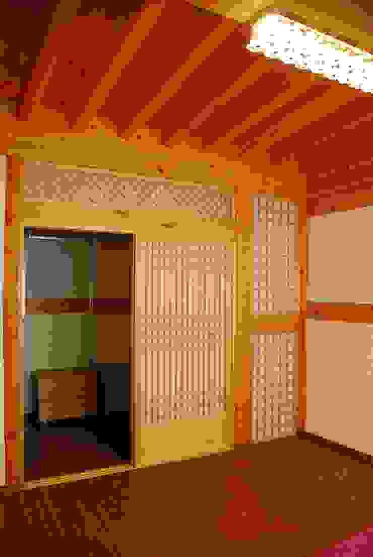 장흥리 한옥마을 내 주택 아시아스타일 드레싱 룸 by 금송건축 한옥