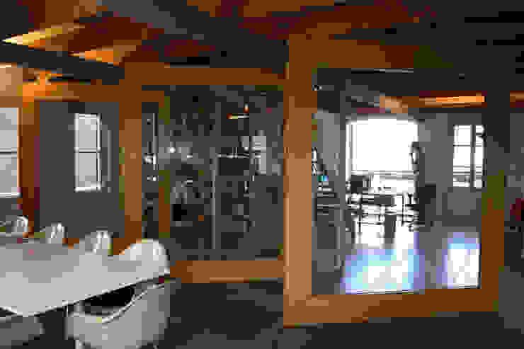 Groot effect met beperkte ingrepen Eclectische kantoorgebouwen van Architektenburo J.J. van Vliet bv Eclectisch