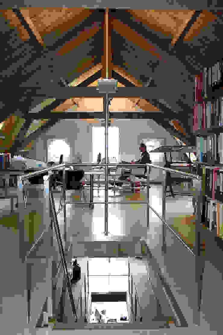 Prettige werkplekken Eclectische kantoorgebouwen van Architektenburo J.J. van Vliet bv Eclectisch