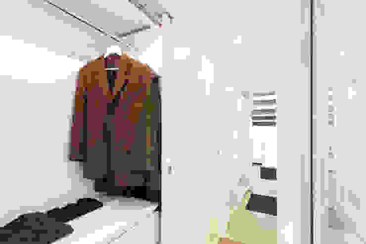 Moderne kleedkamers van Giovanni Costagliola Archifotografia Modern