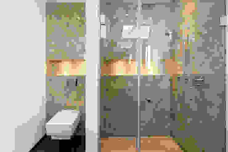 Pientka - Faszination Naturstein BathroomShelves