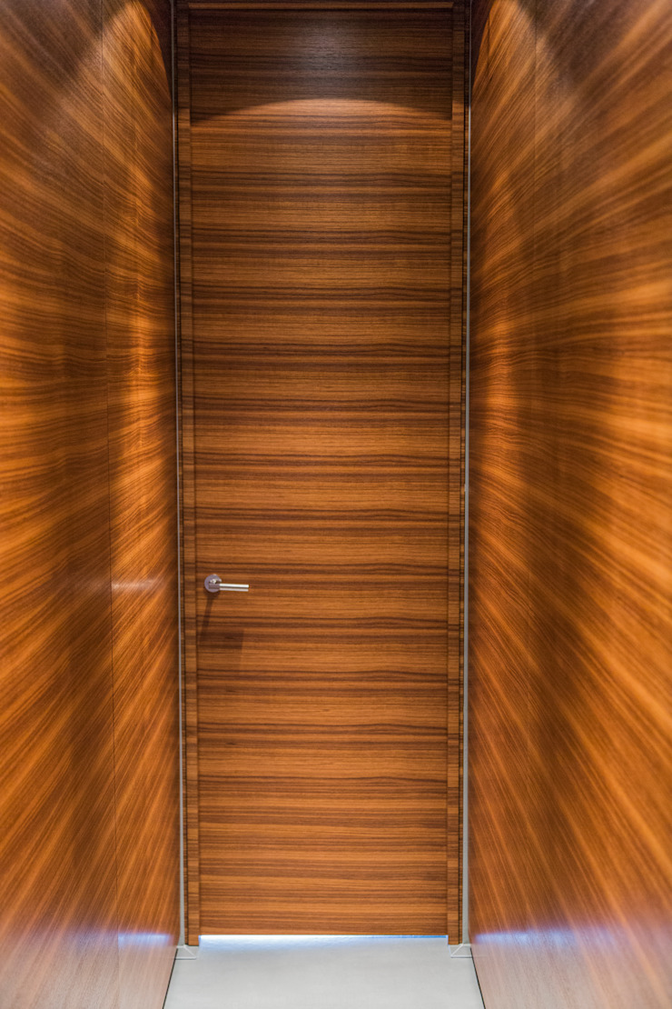 Living the life – Apartment im Herzen Berlins: modern  von Conni Kotte Interior,Modern