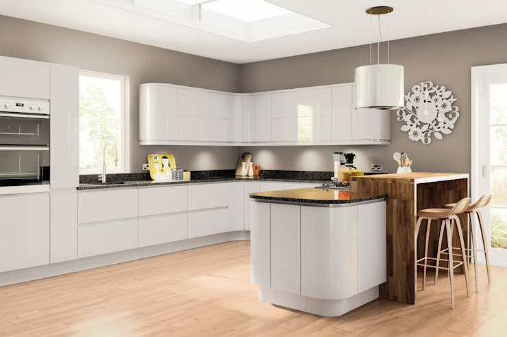 Lacarre Pronto Gloss Light Grey Kitchen Modern kitchen by Kree8 Modern