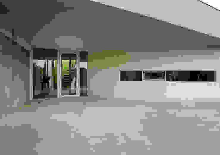 Balcone, Veranda & Terrazza di KWK Promes