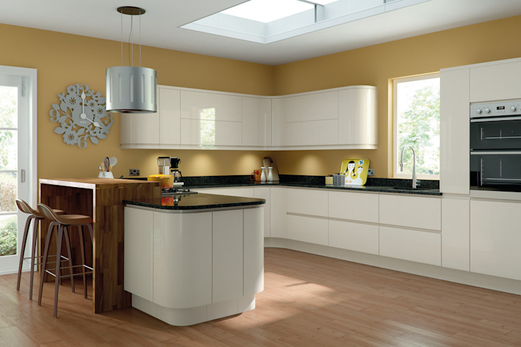 Lacarre Pronto Gloss Cream Kitchen Modern kitchen by Kree8 Modern