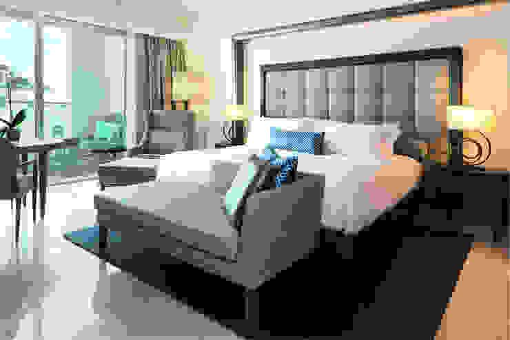 Suite Room by Rethink Interiors Ltd Середземноморський