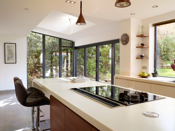 SARAH & BEN'S KITCHEN Modern kitchen by Diane Berry Kitchens Modern
