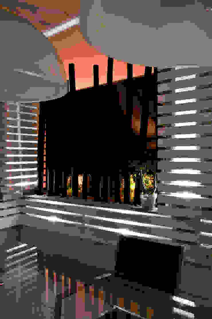 particolare Balcone, Veranda & Terrazza in stile moderno di Fabio Valente Studio di architettura e urbanistica Moderno