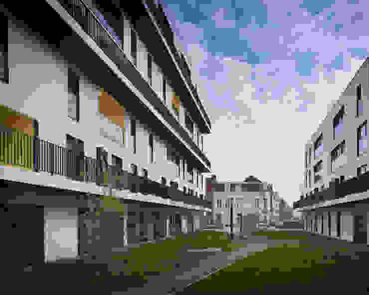 5_DEUX IMMEUBLES AUTOUR D'UN JARDIN par sophie delhay architectes