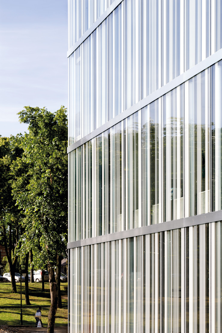 Centre Culturel – Les Quinconces par Architectes Babin Renaud