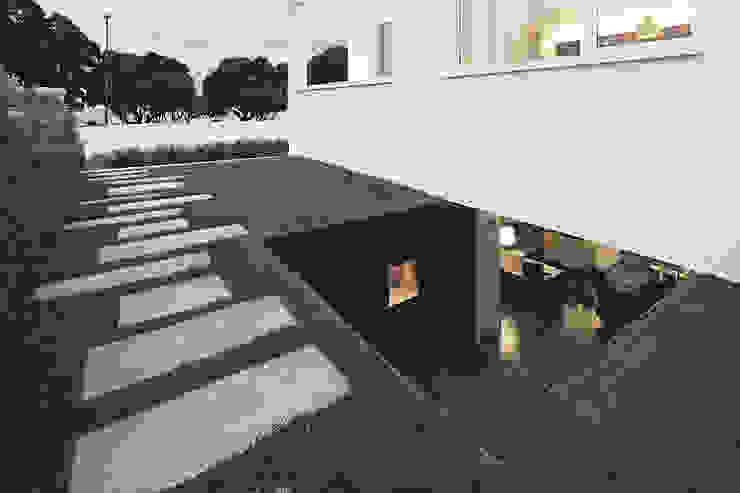 Jardines de estilo  por Barbosa & Guimarães, Lda.