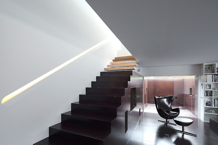 Corridor & hallway by Barbosa & Guimarães, Lda., Modern