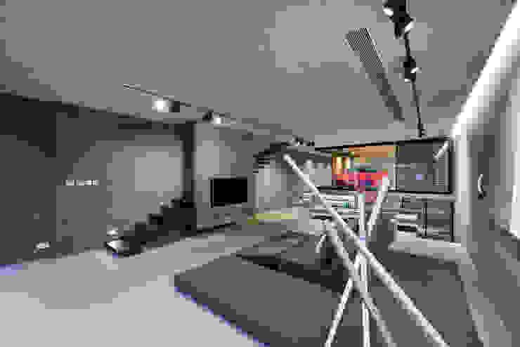 Millimeter Interior Design Limited Modern living room