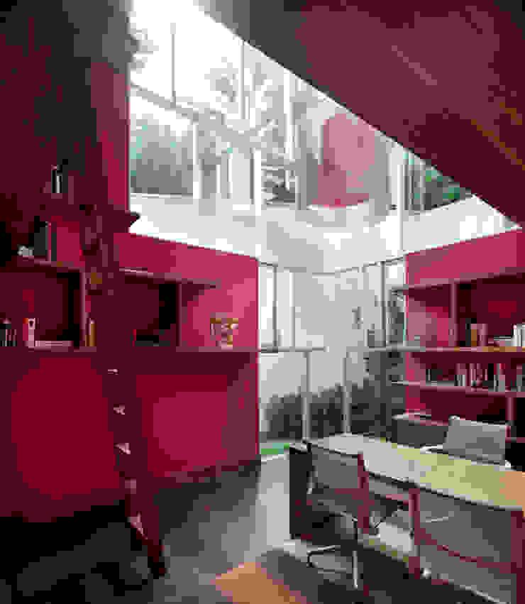 SECRET GUEST HOUSE Comedores modernos de Pascal Arquitectos Moderno