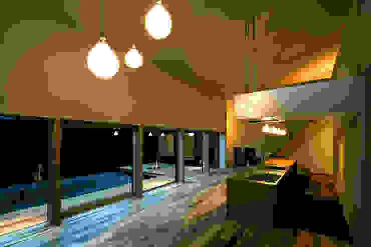 オオヤネコート モダンな キッチン の 有限会社TAO建築設計 モダン