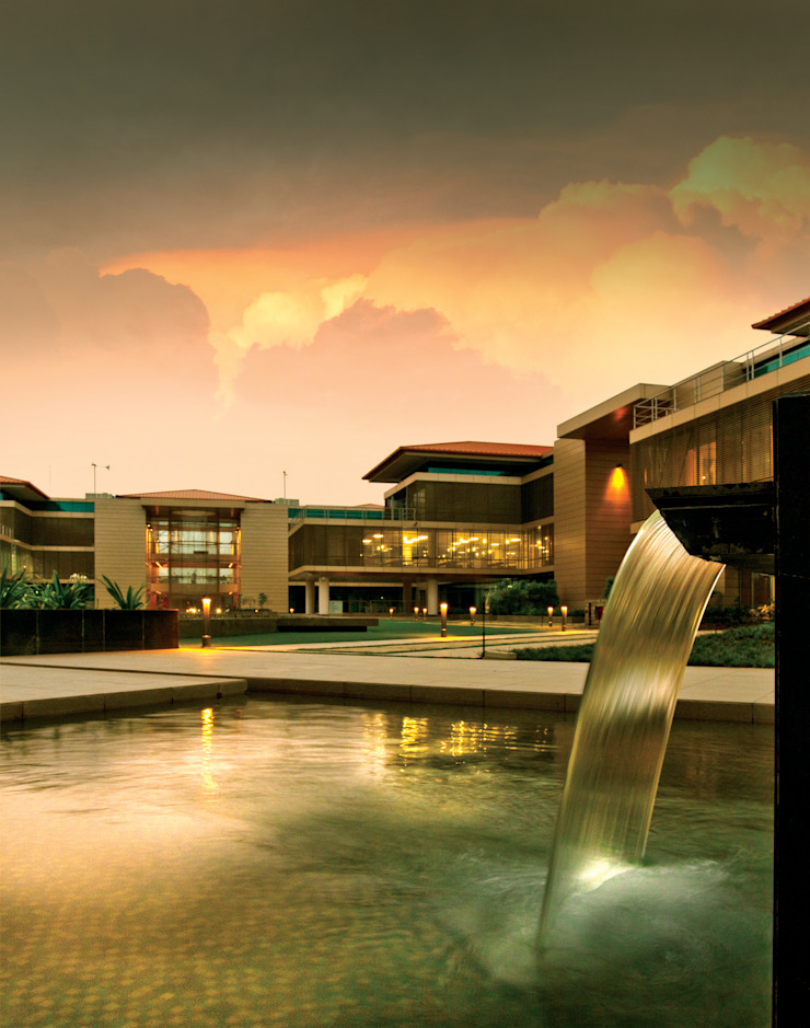 Suzlon 'One Earth' Global Corporate Headquarters: modern  by Christopher Charles Benninger Architects Pvt. Ltd.,Modern