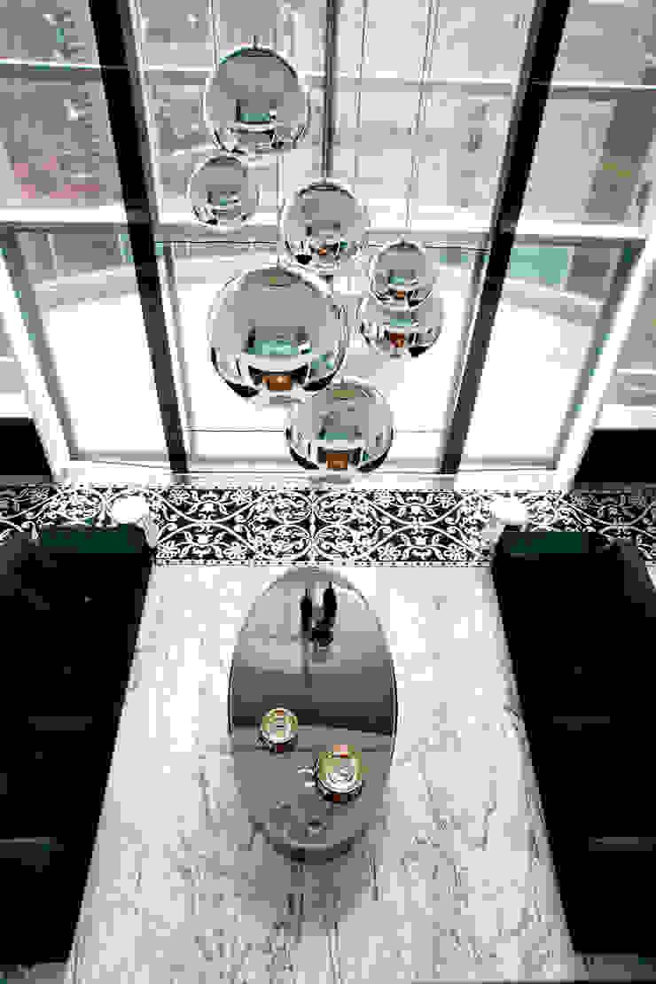 Duplex Cidade Jardim - São Paulo Salas de estar clássicas por Brunete Fraccaroli Arquitetura e Interiores Clássico