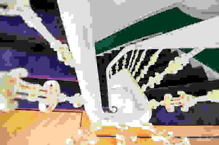 Stadsvilla Den Haag Eclectische gangen, hallen & trappenhuizen van IJzersterk interieurontwerp Eclectisch