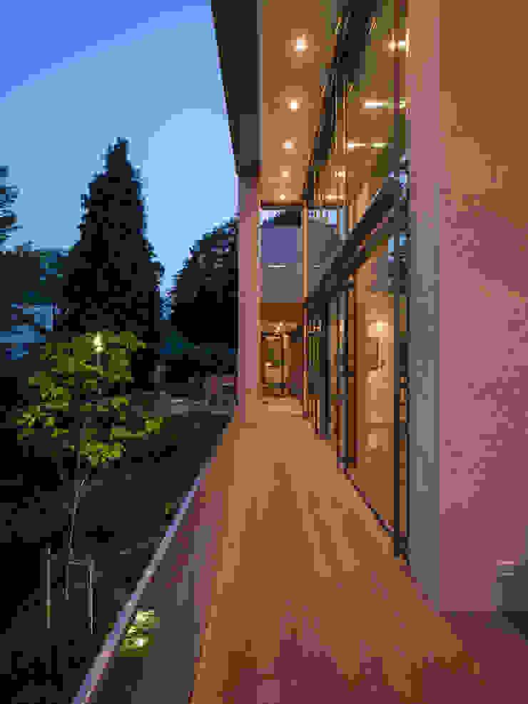 Terrasse ARCHITEKTEN BRÜNING REIN Moderner Balkon, Veranda & Terrasse