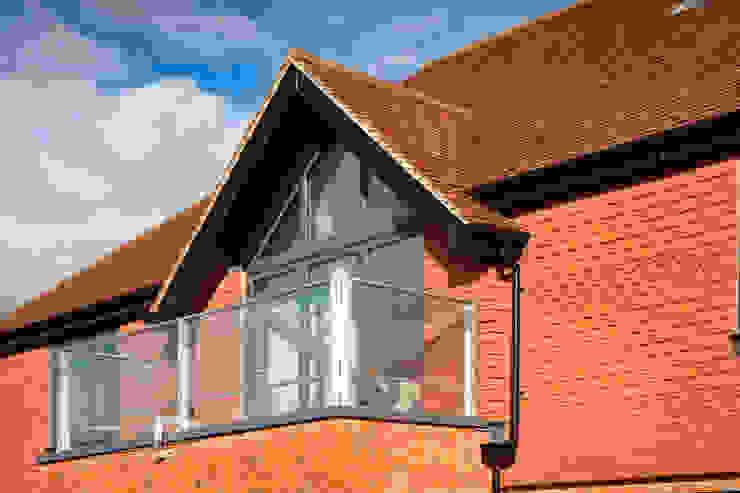 Ewhurst, Surrey Country style balcony, veranda & terrace by C7 architects Country