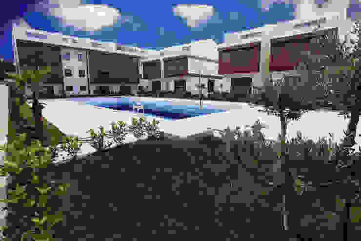 asis mimarlık peyzaj inşaat a.ş. Piscinas de estilo mediterráneo