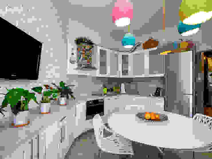 Cucina in stile industriale di Дизайн-студия 'Вердиз' Industrial