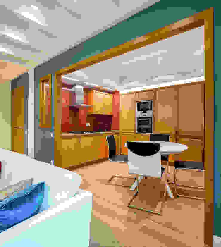 Апартаменты на Бирюзова Кухня в средиземноморском стиле от Дизайн-студия 'Вердиз' Средиземноморский